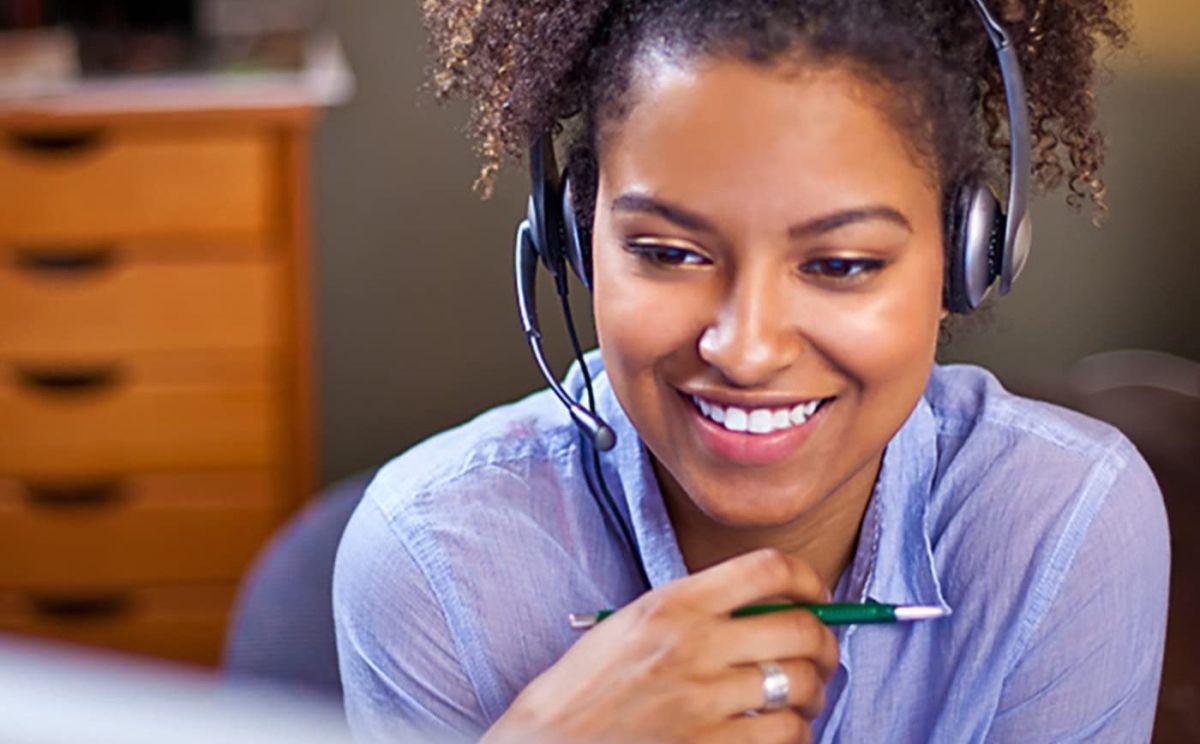 Los 5 mejores auriculares para usar durante una video conferencia de trabajo desde tu casa