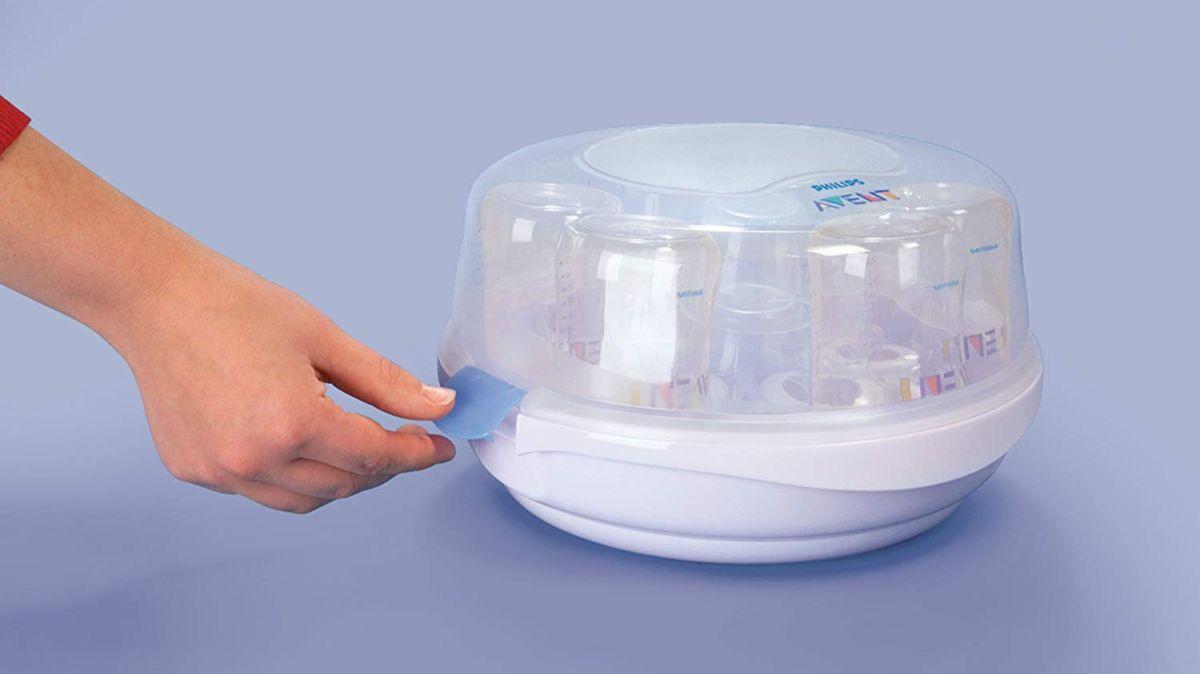 Los mejores 3 esterilizadores para eliminar las bacterias de los biberones de tu bebé