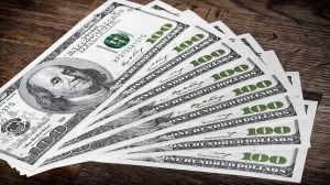 """Nobel de economía pide aprobar paquete económico de Biden para evitar """"recuperación anémica y devastadoramente incompleta"""""""