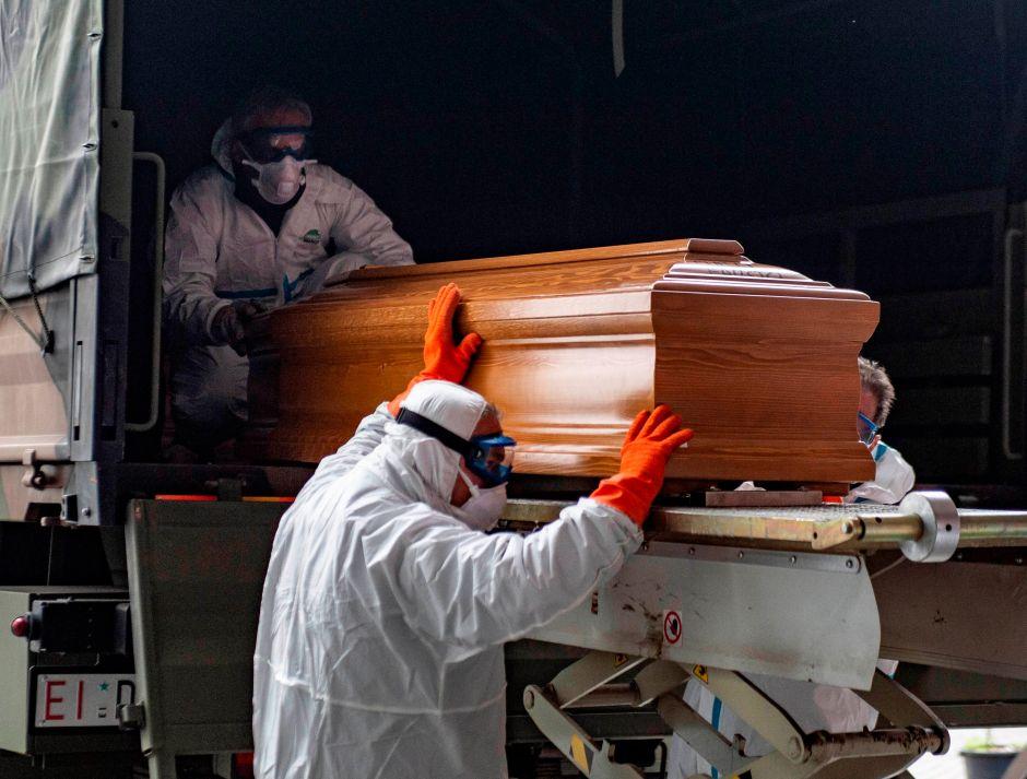 A un menor de L.A. cuya muerte pudo estar causada por COVID-19 se le negó atención por no tener seguro de salud