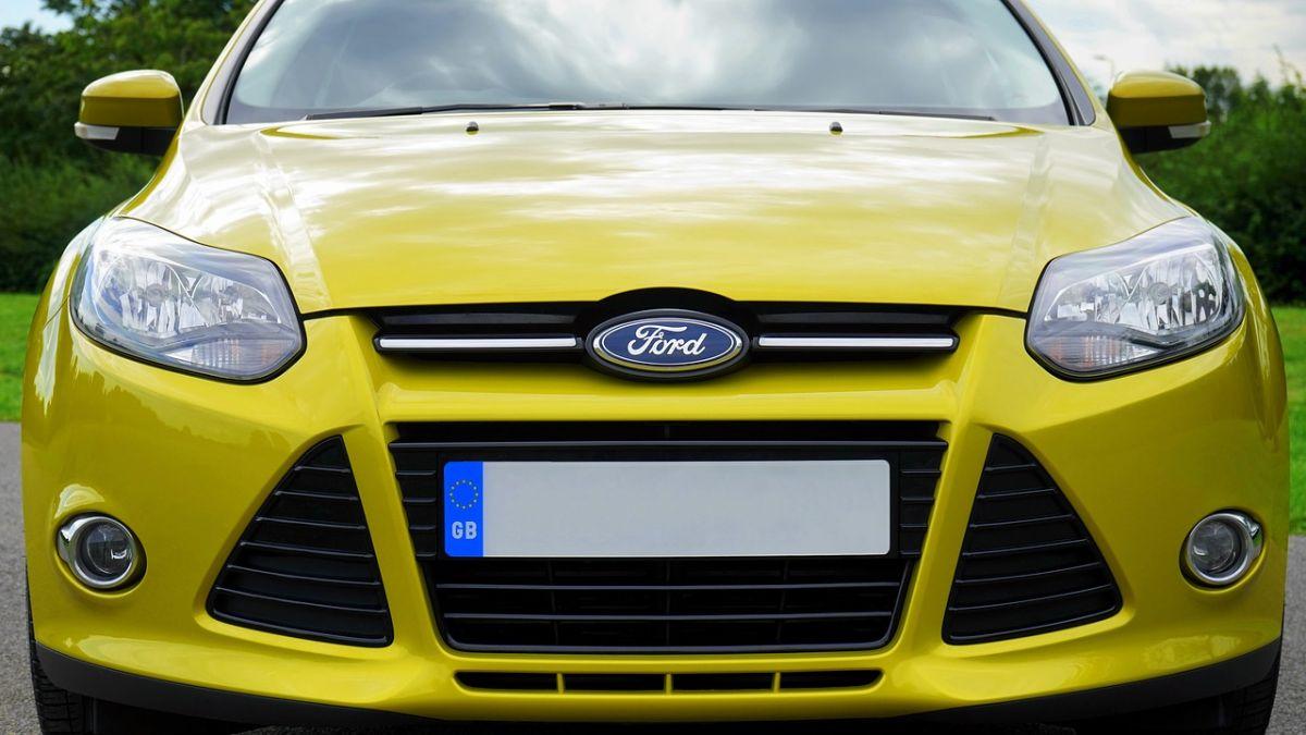 Ford España suspende temporalmente el contrato de sus trabajadores