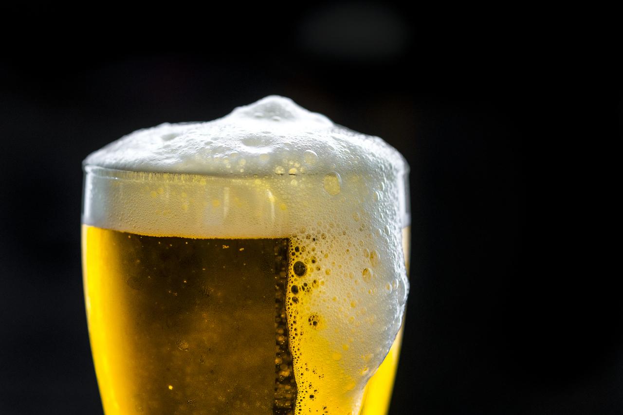 Errores que debes evitar al beber cerveza