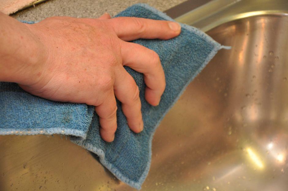 4 cosas que NO debes hacer al desinfectar tu casa