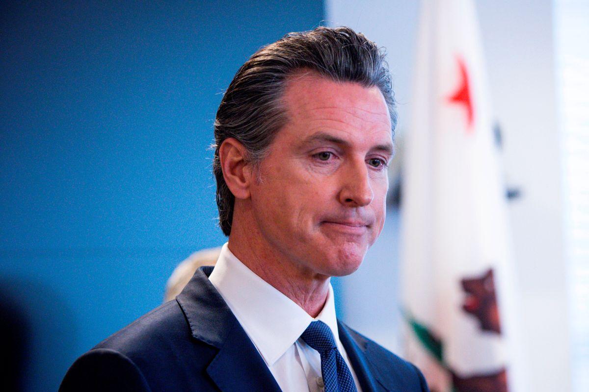 Filtran fotos que ponen en más problemas al gobernador de California