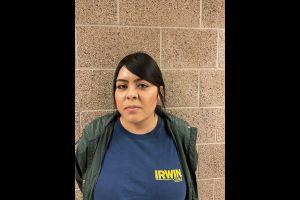 Universitaria de California es arrestada por inventar amenazas racistas