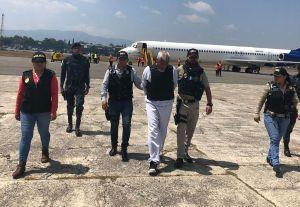 Estados Unidos deporta a guatemalteco vinculado a masacre de 200 personas