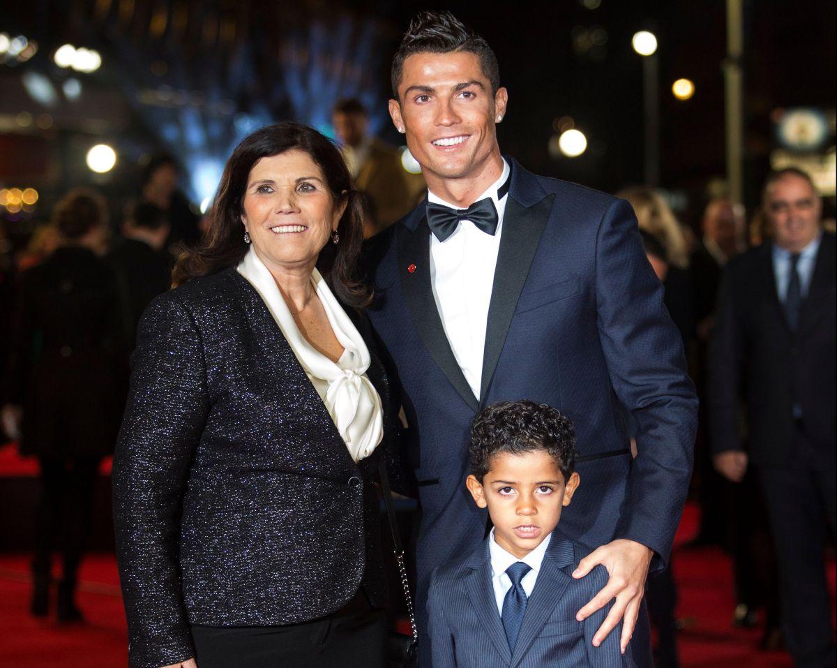 La mamá de Cristiano Ronaldo confiesa que pensó que iba a morir cuando sufrió un derrame cerebral