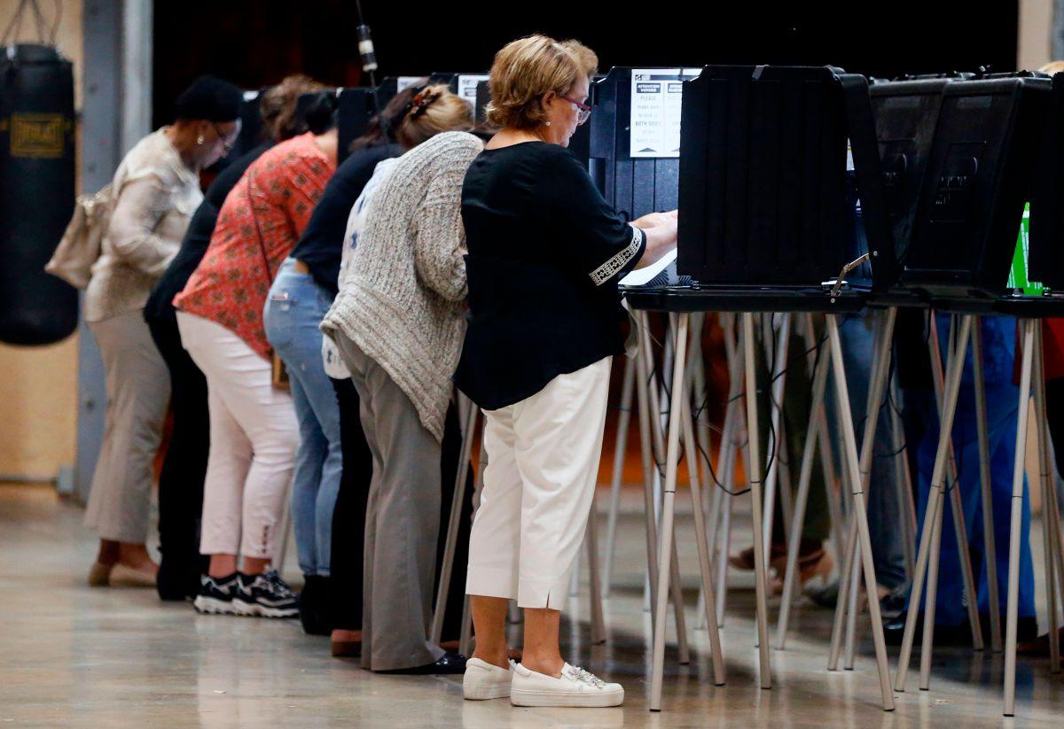 Más de 4,000 empleados se niegan a trabajar en las elecciones primarias de Florida por el coronavirus