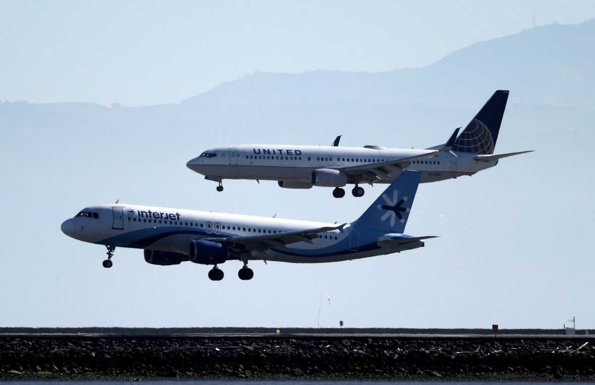Aerolínea reduce la capacidad de sus asientos en un 40% en sus vuelos por coronavirus
