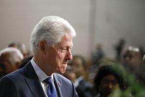 Bill Clinton dice que tuvo sexo oral con Monica Lewinsky por la ansiedad del trabajo
