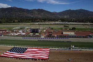 Los deportes se detuvieron, pero las carreras de caballos en el sur de California no