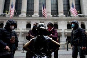 Nueva York supera los 100 casos de coronavirus, lo que intensifica estado de emergencia