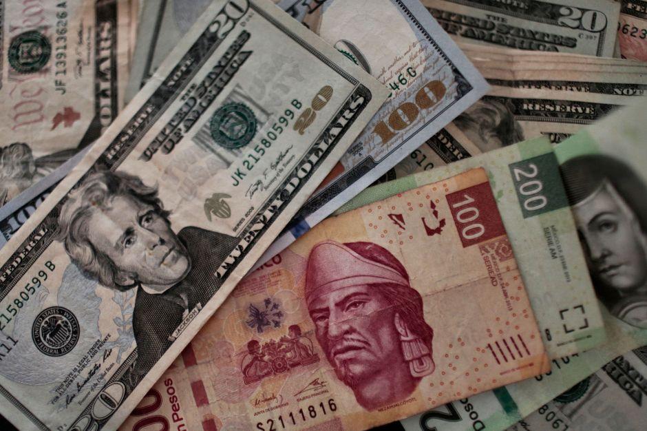 Dólar se dispara en México y cierra por encima de los $20 pesos por primera vez en 6 meses