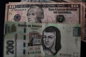 Dólar cierra en máximo histórico en México por arriba de los $25 pesos por primera vez en ventanillas bancarias