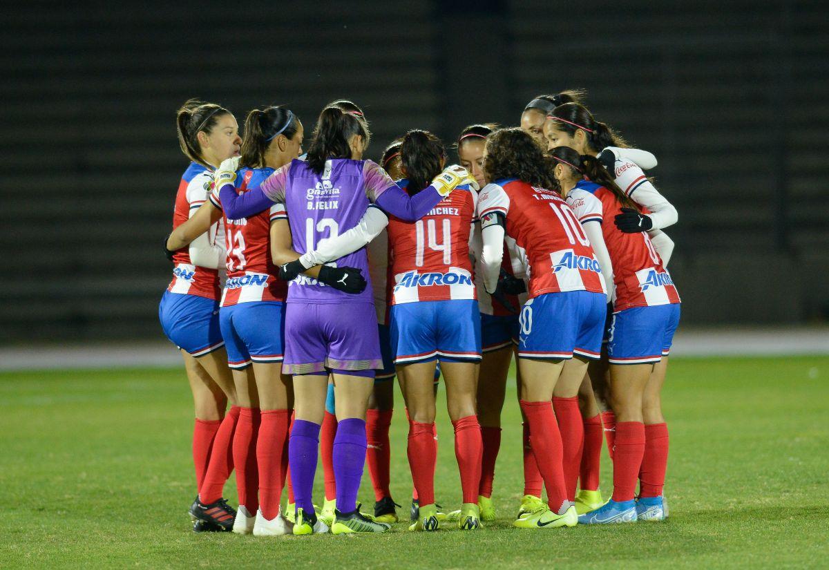 Chivas vence al América en el Clásico Femenil a distancia