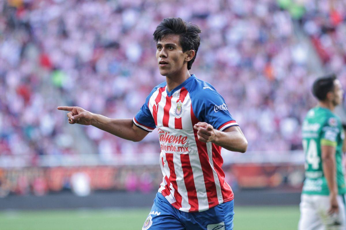 Macías quiere ser campeón con Chivas.