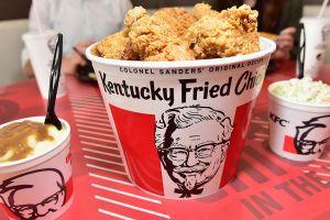 La verdadera razón por la que Kentucky Fried Chicken cambió su nombre a KFC