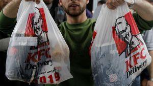 KFC hará envíos de comida a domicilio GRATIS hasta el 26 de abril