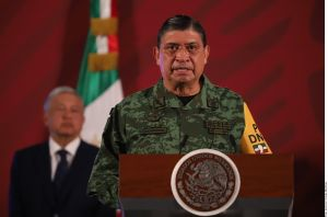 Ejército mexicano dice no anhelar poder en medio de escándalo de narcotráfico