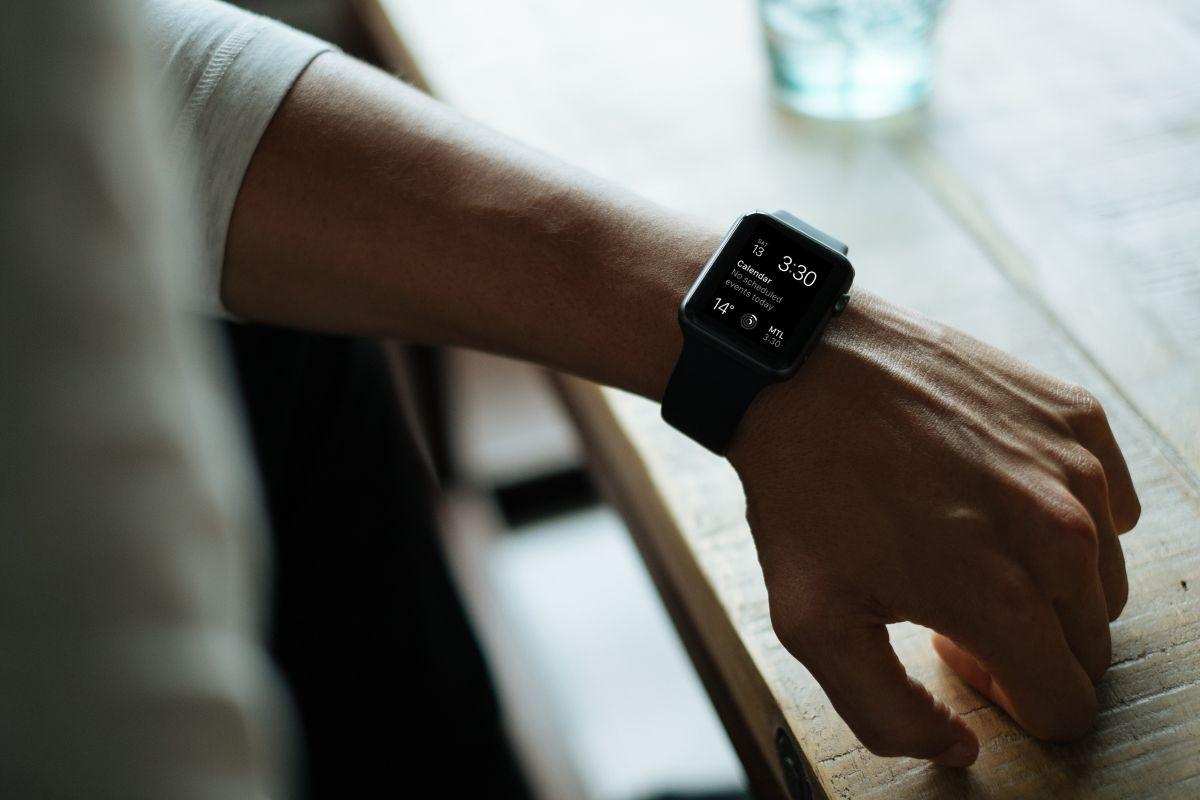 Fitbit Versa 2: El reloj inteligente más popular, con más de 15,000 reviews en Amazon