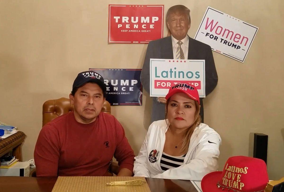 La pareja evió un mensaje a sus detractores en inglés y español.