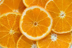 Consumo elevado de cítricos puede aumentar riesgo de cáncer de piel
