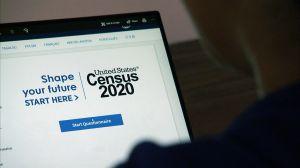Juez de California ordena a la administración Trump que continúe el conteo del censo un mes más