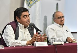 Gobernador de Puebla desestima efectividad de túneles sanitizadores ante coronavirus