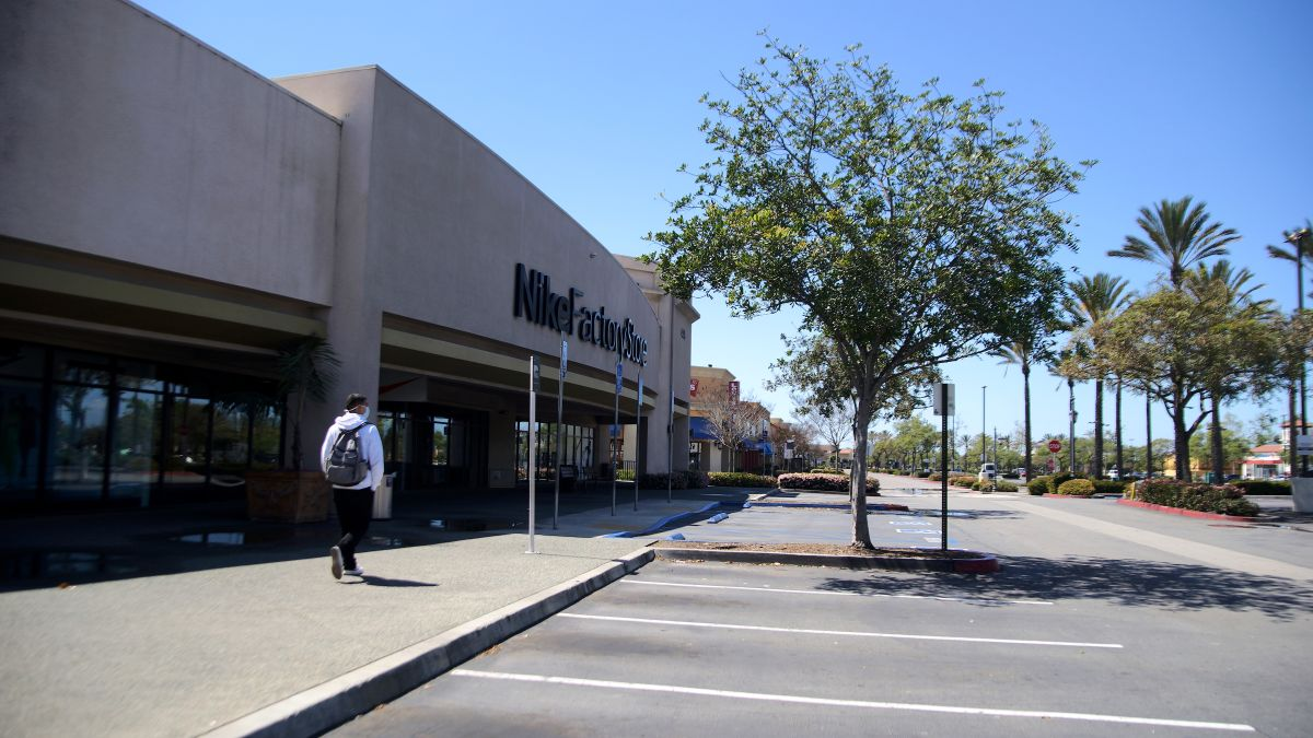 Un paso hacia la normalidad en el condado de Los Ángeles