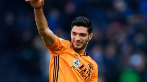 'Tata' Martino ayuda a Raúl Jiménez a decidir entre Wolverhampton y Juventus