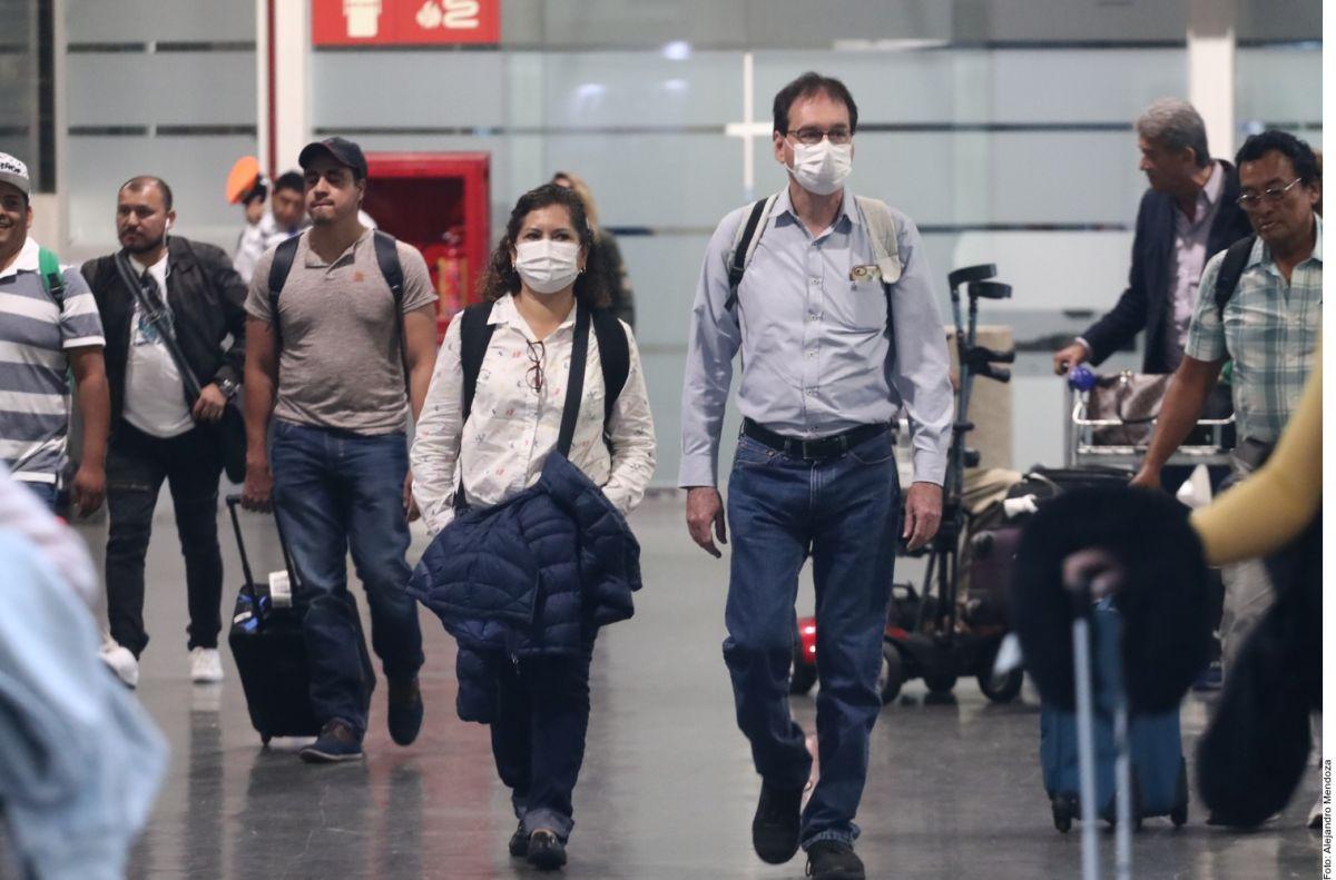 México recomienda a sus ciudadanos evitar viajes al extranjero por el coronavirus