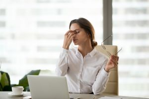 Descubre si sufres de vista cansada o fatiga visual