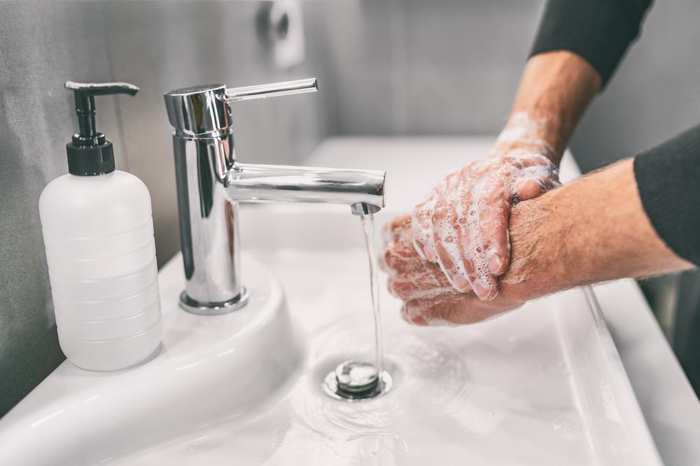 4 jabones de manos con repuesto para ahorrar más y obtener más del producto