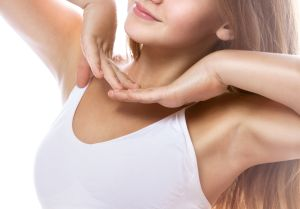 4 remedios caseros para eliminar el vello de las axilas