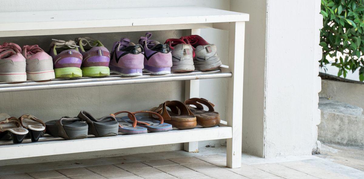 Los mejores zapatos de hombre y mujer para usar en la casa todo el día
