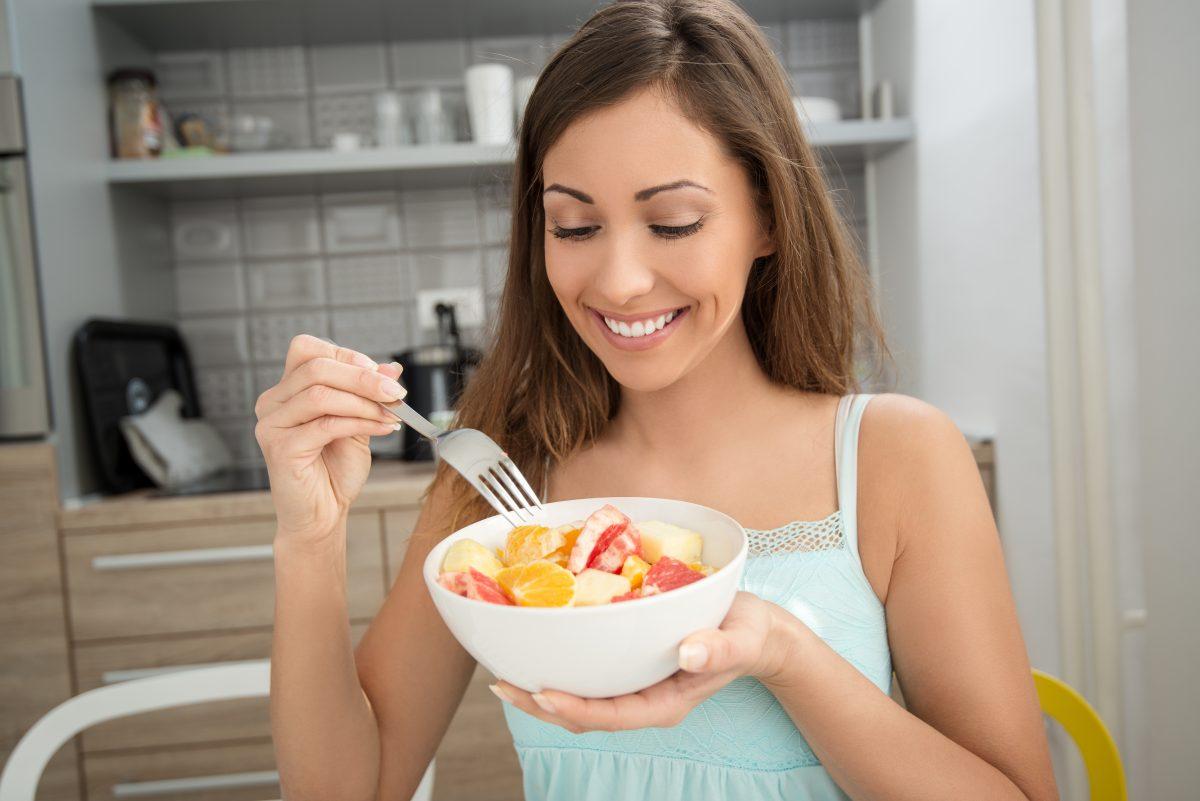 Las 5 mejores frutas para prevenir la acidez