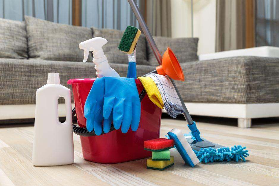 Limpia y desinfecta las superficies alrededor de tu casa con estos productos