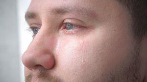 ¿Cuáles son las causas y soluciones para los ojos llorosos?