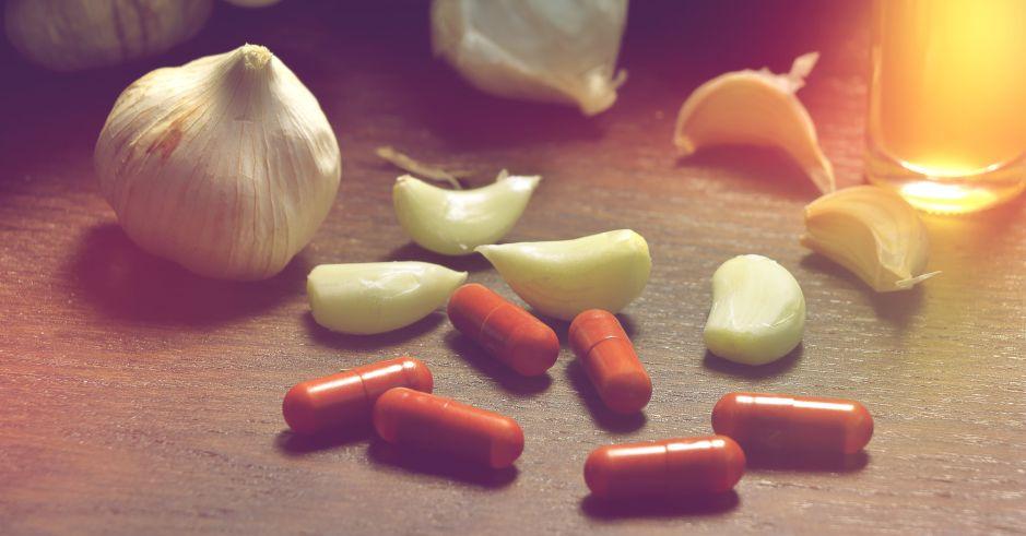 5 complejos vitamínicos hechos a base de ajo para mejorar tus defensas