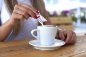 Azúcar blanca vs. azúcar morena ¿Cuál es mejor para tu cuerpo?