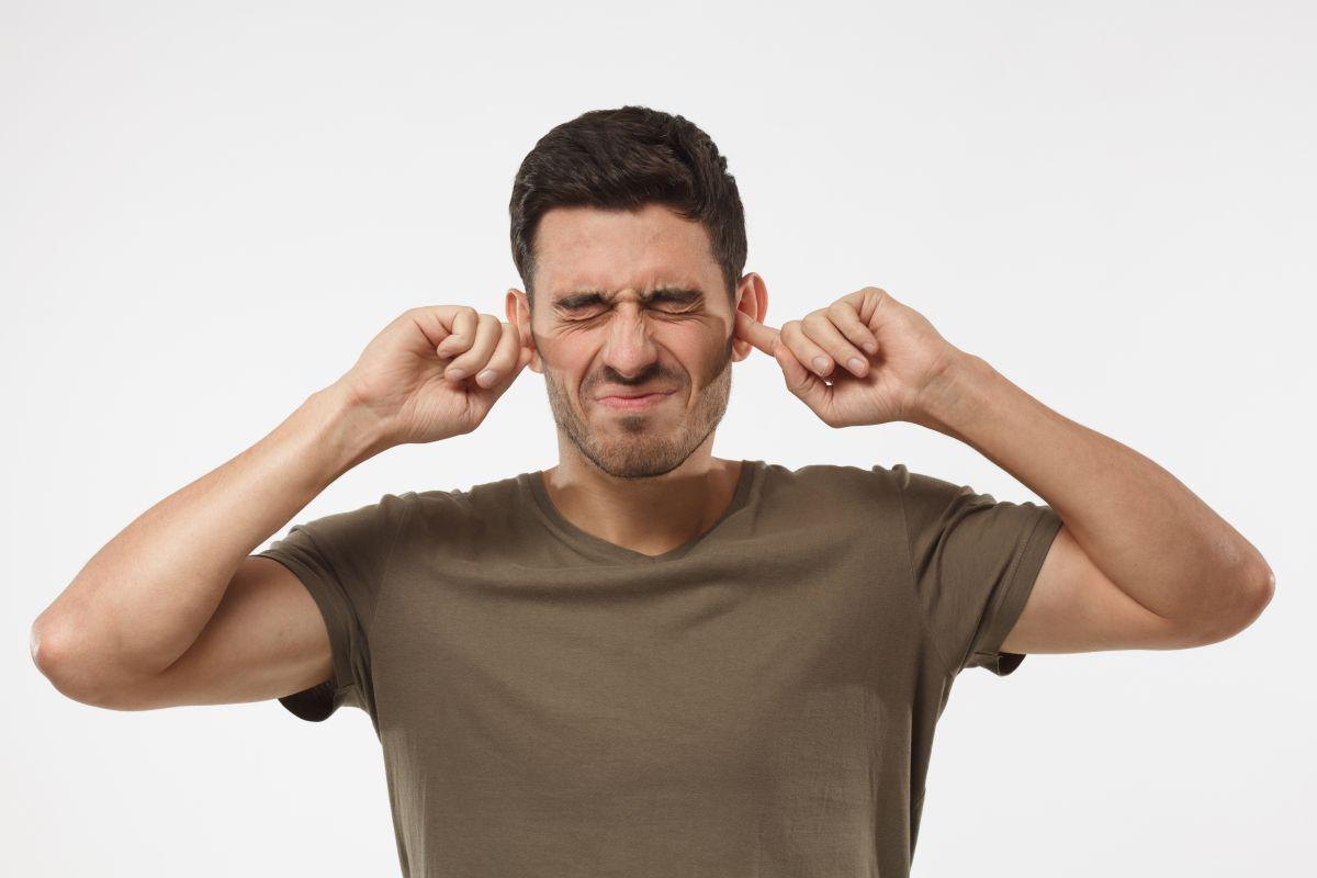 Oído de nadador: estos son sus síntomas y causas