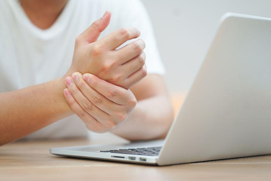 dolor mano dedo