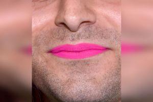 Despiden a empleado de universidad en Georgia por usar pintura para labios en el trabajo