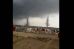 """¿Alguna vez has visto tornados """"gemelos""""?, en este video se ven muy claros"""