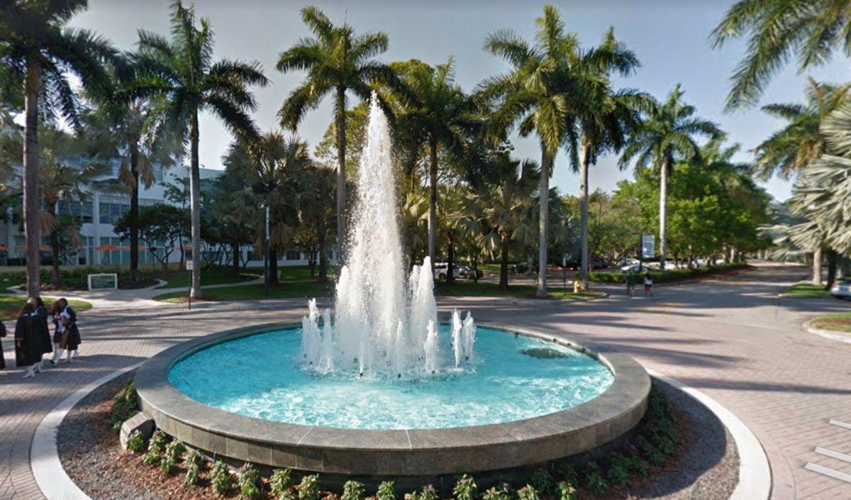 La Universidad de Miami confirma casos de coronavirus en sus dormitorios estudiantiles