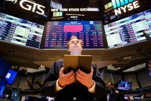 Batacazo en la Bolsa, pausa forzada en los mercados