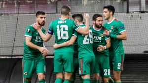 Los Wolves de Jiménez le sacan el empate al Olympiakos en la Europa League