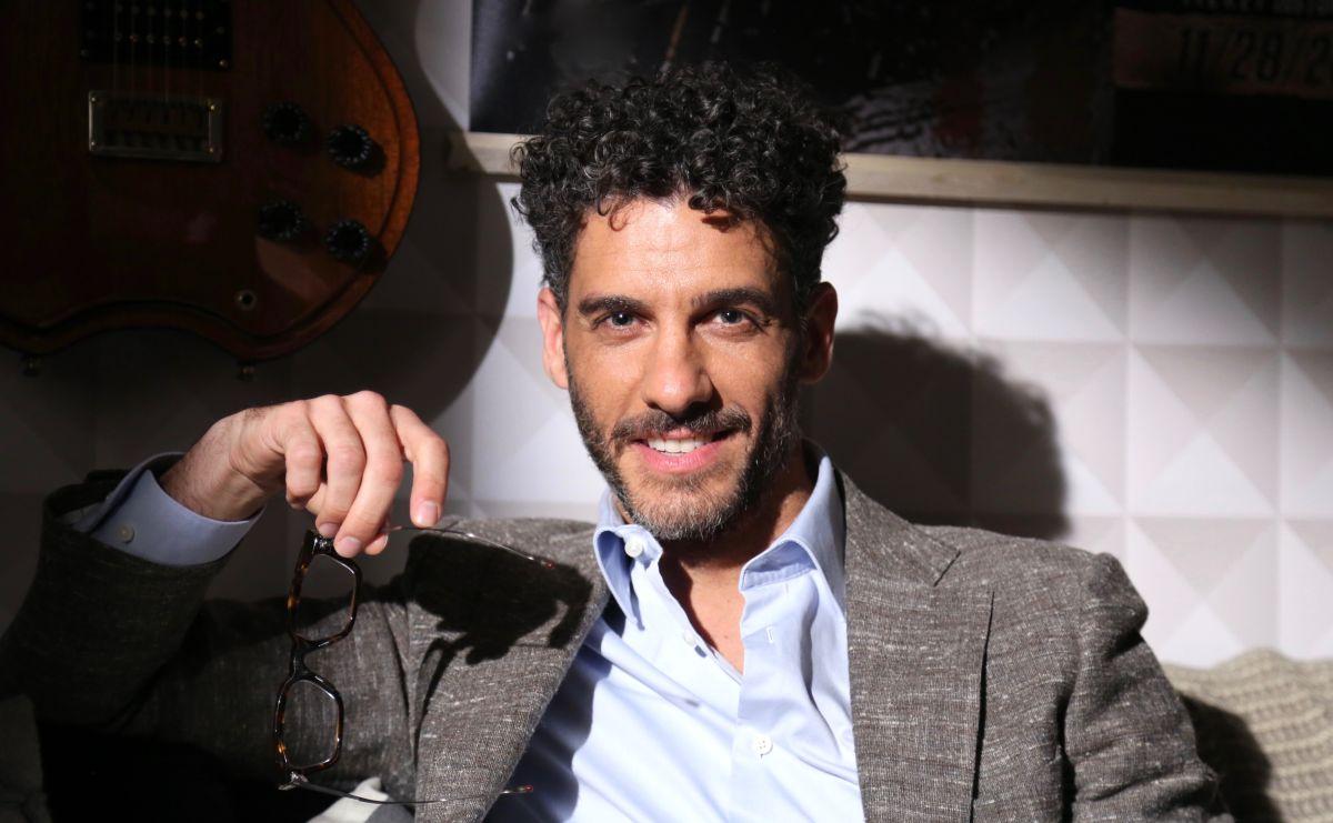Erick Elías comparte un apartamento de Miami con su esposa y dos hijas.