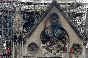 Milagro de Viernes Santo: reabren brevemente catedral Notre Dame a un año de voraz incendio