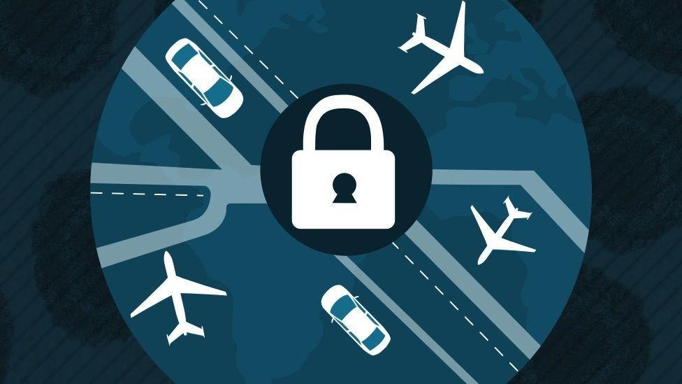 El tráfico vehicular y aéreo se redujo drásticamente por la pandemia.